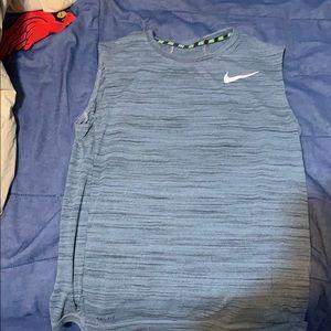 Sleeveless Nike under shirt